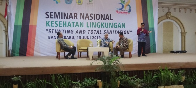"MATERI SEMINAR NASIONAL ""STUNTING AND TOTAL SANITATION"""